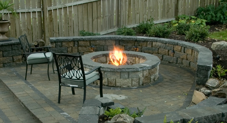 ust imagine sitting on your patio without a fire in a circle. All will lose interest easily and walk away. A BBQ fire pit offers comfort, imagination sparks, and conversation ignites passions and can be hypersensitive and soothing when you look at it for a while.
