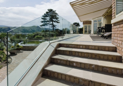 A frameless glass balcony is the perfect combination of clean and modern elegance – particularly when it comes to today's favourite architectural looks.