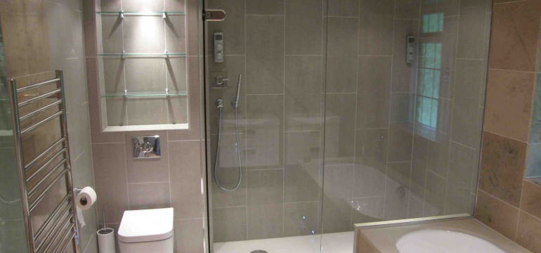 Customized Shower screens