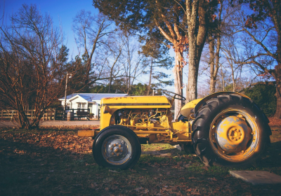 Consider These Important Factors While Buying Tractor Engine Parts
