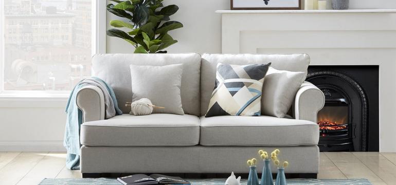 hampton-style-2-seater-sofa-in-light-fabric-lifestyle__27413.1529324326
